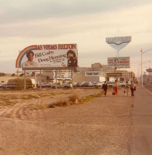 Grandinetti Collection - Doug Henning 1979 Las Vegas Billboard