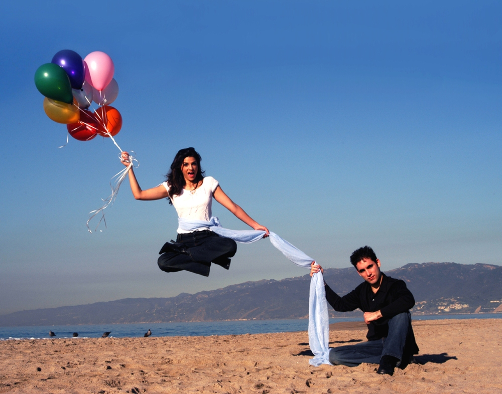 Michael Grandinetti - Doug Henning Levitation Performance at Santa Monica Beach